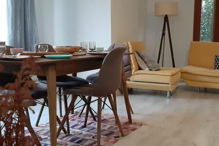 Room with private bathroom🏡kadikoy Bagdat Street