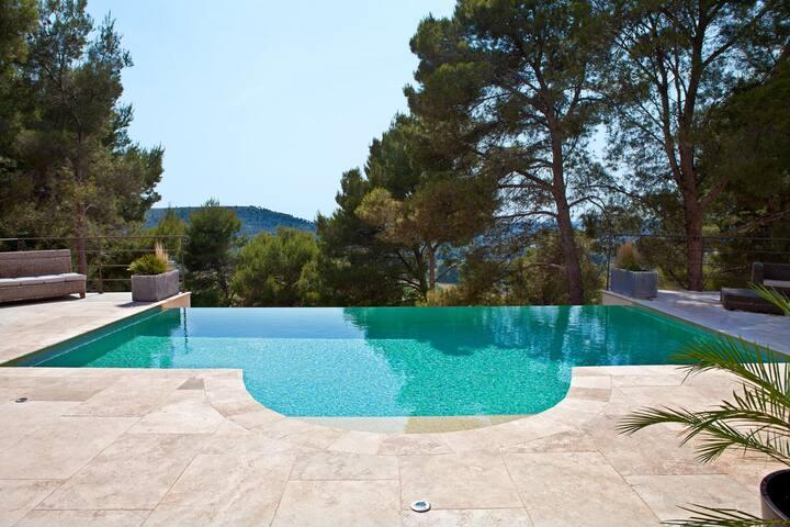 La Villa Bella Vita - Velaux
