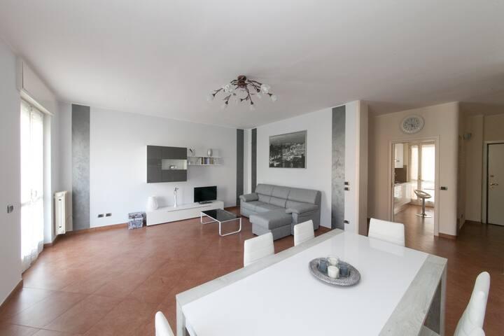 Home holiday Valentina - Desenzano del Garda - Apartment