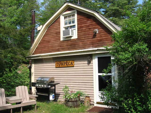 Tompeca Cottage - Pet Friendly