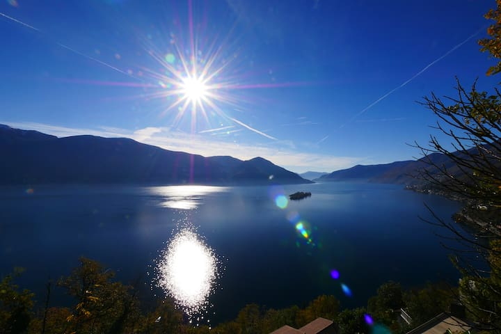 Apartment Paradiso,Rundsicht auf den Lago Maggiore