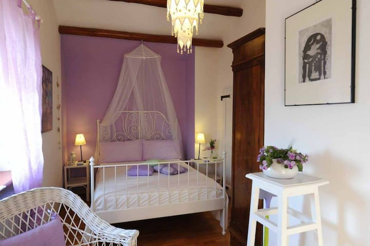 B&B Glicine- camera Provence - Ancona - Bed & Breakfast
