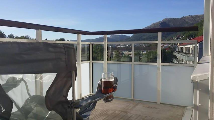 Cosy flat close to Bergen city - Берген - Квартира