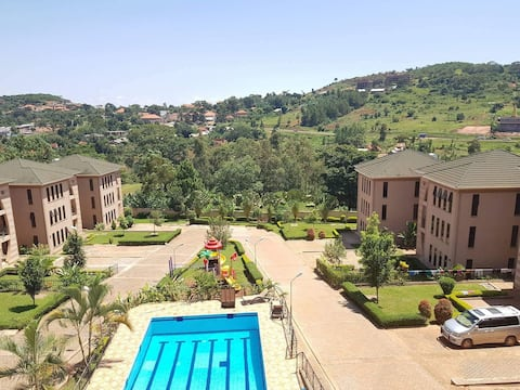 20 km from Entebbe airport and 20 km from Kampala