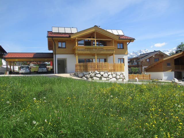 Villa with 2 suiten 5 SZ pool sauna - Zell am See - House