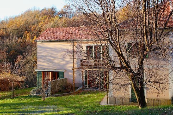 Casa di campagna vicino al mare - Stella - บ้าน