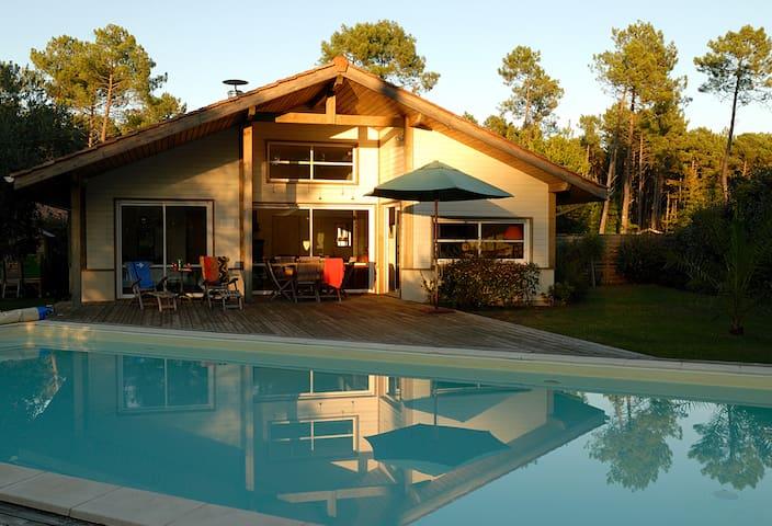 Villa de luxe avec piscine privée à Moliets