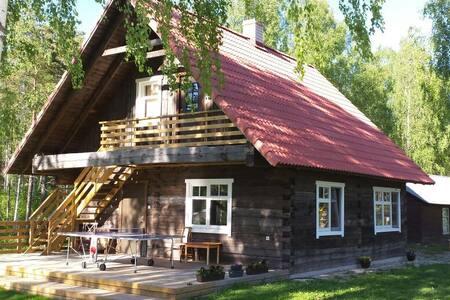 Cozy new loghouse & good neighbours - Turja