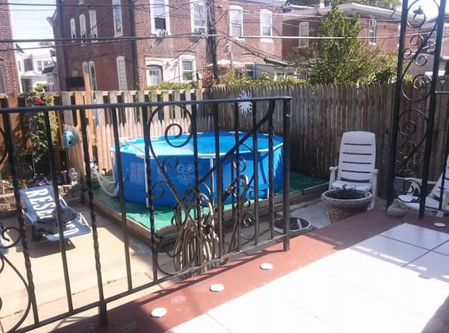 Philadelphia, PA Tacony Area 19135 - フィラデルフィア - 一軒家