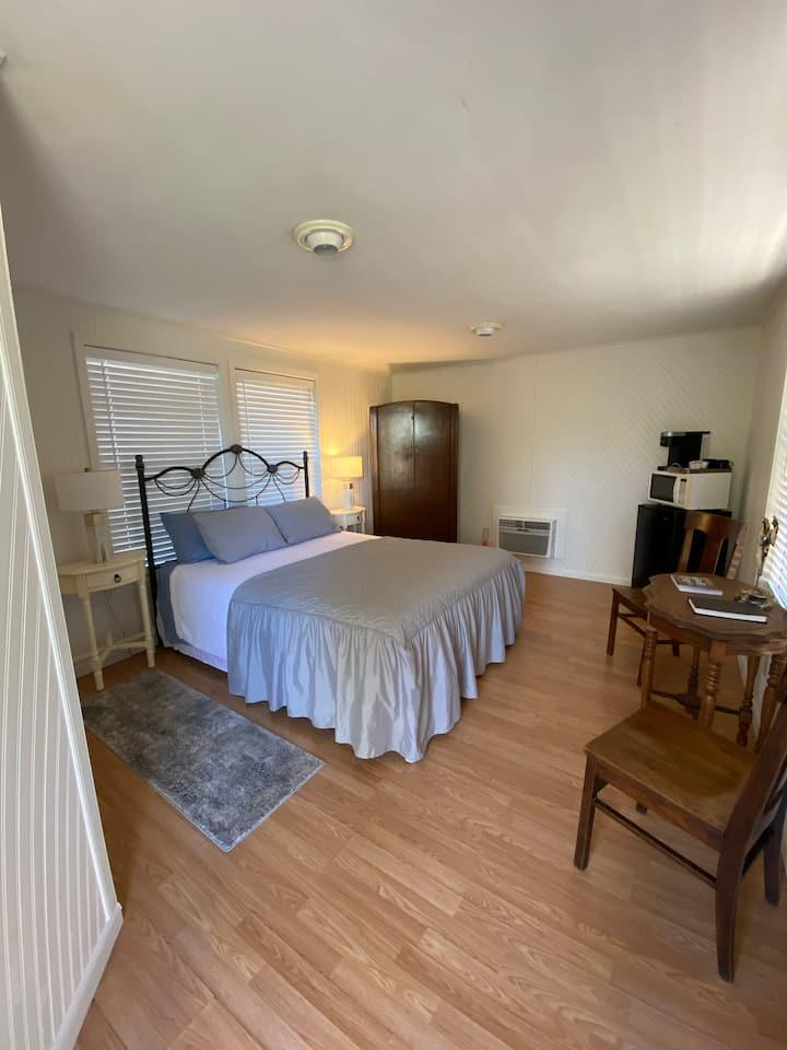Camp of the Hills Cottage Rental- Abraham