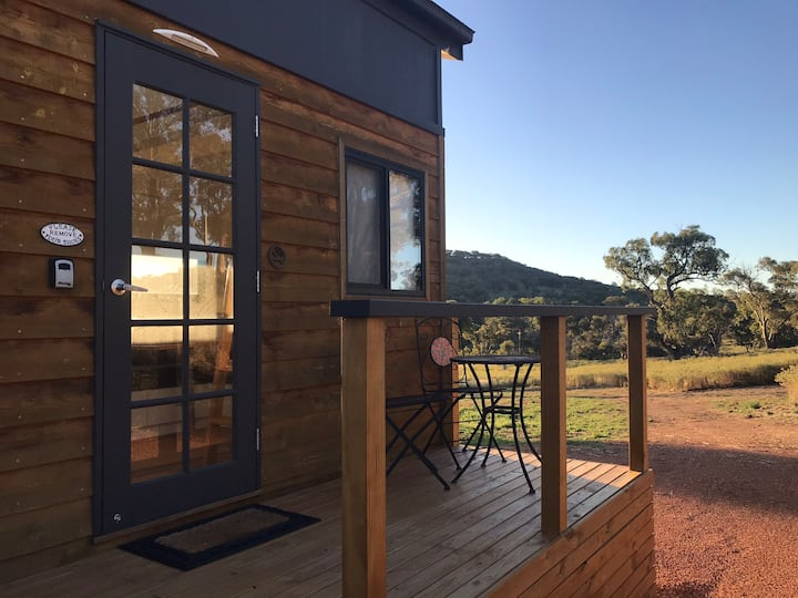 Cosy Off-Grid Tiny House on Inner South Farm