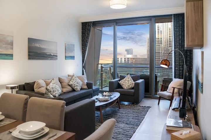 Brilliant Views | 2 Bed | Burj Vista | Downtown