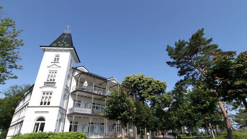 Villa Stranddistel Binz Wohnung 1.1 - Binz - Pis