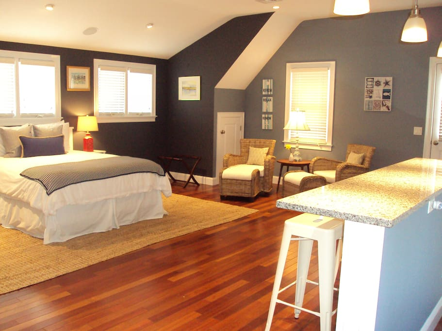 Bright, comfortable, private space to make memories of your Cape Cod vacation