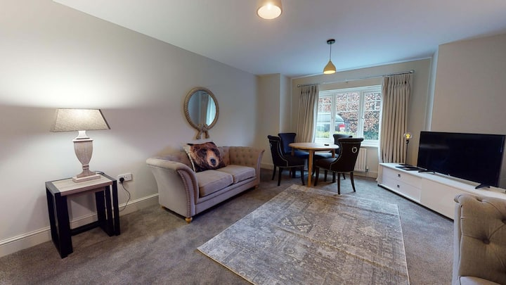 The Blenheim Suite Vanbrugh Apartments