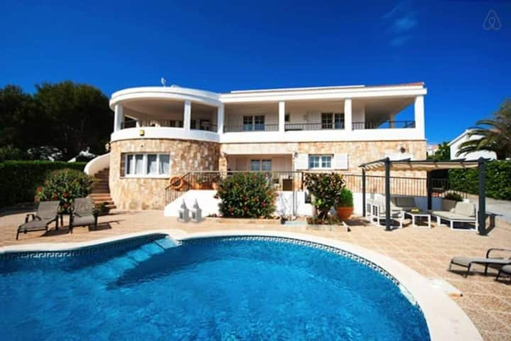 VILLA BINI SEGUI - Large perfect villa for 12 near the villa with stunning sea views