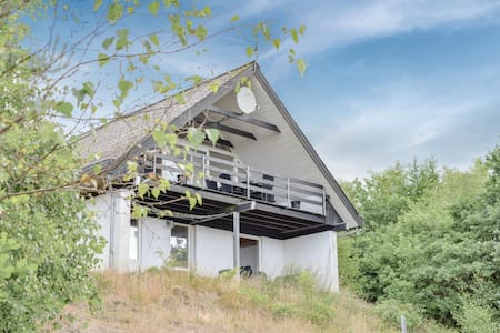 Holiday cottage with 4 bedrooms on 95m² in Ebeltoft