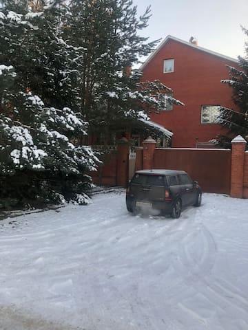 Дом 500 кв метров в 22 км от Москвы
