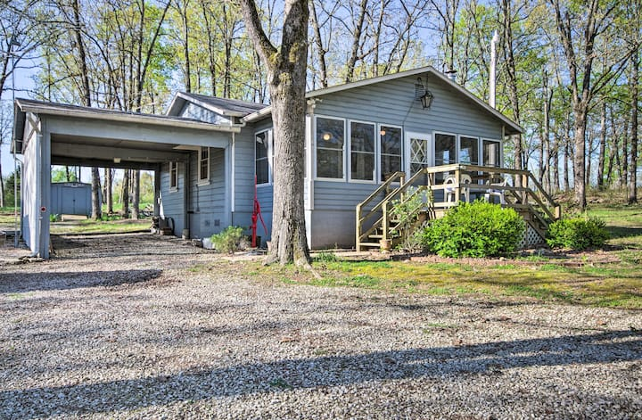 NEW! Home on Bull Shoals Lake ~40 Miles to Branson