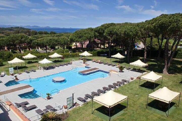 5 pple Superior Suite Golf Hotel Punta Ala Tuscany - Punta Ala - Bed & Breakfast