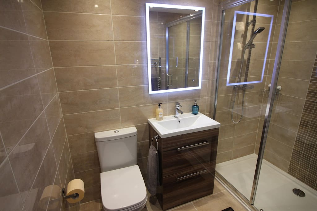 Luxury fitted shower room