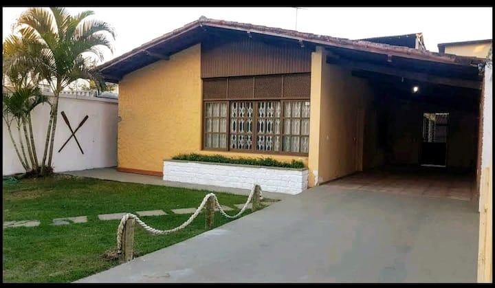 Excelente casa na Praia do Morro