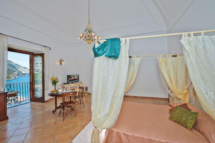 double bed & balcony