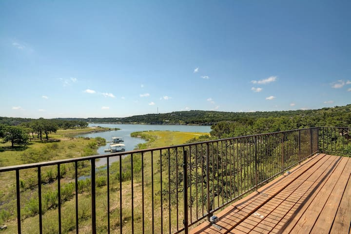 3BR/3BA Lakefront House with Views - Lago Vista - Casa