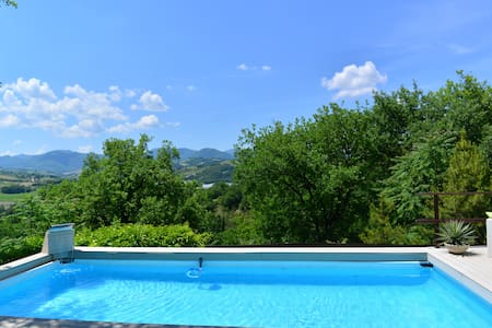 Villa la chiesetta piscina privata - Marche, IT fabriano  - Villa