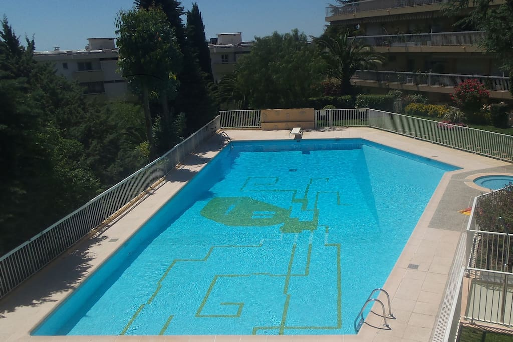 Appartement meubl avec piscine apartments for rent in for Appartement meuble a nice