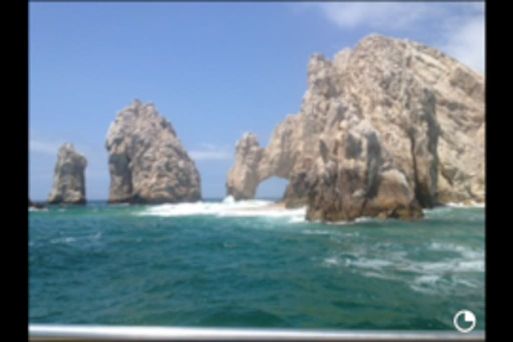 El Arco is located five minutes from the resort.