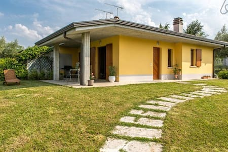 Villa Angela - Tra lago e colline - Manerba del Garda