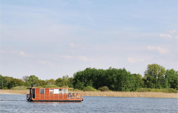 Houseboat with 2 bedrooms on 35 m² DBB213