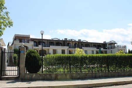 3-комнатная, комплекс Райский залив - Burgas - Wohnung