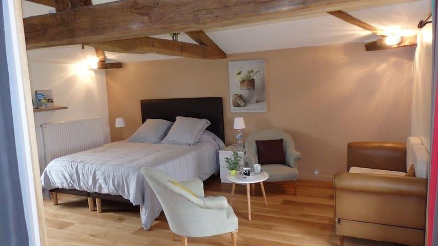Chambre Eco-logis-de-valerie - Saint-Martin-du-Fouilloux - Bed & Breakfast