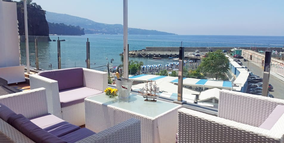 Ischia Apartment with Sea View! - Sorrento - Daire