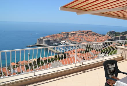 Fabulous views of the Old Town! - Dubrovnik - Apartemen