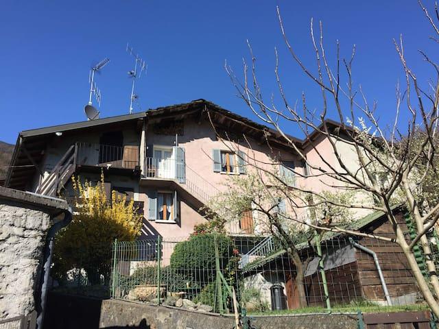 Rustico mit Blick und Garten - Villapinta - Dům