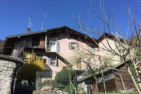 Rustico panoramico con giardino - Villapinta - Casa