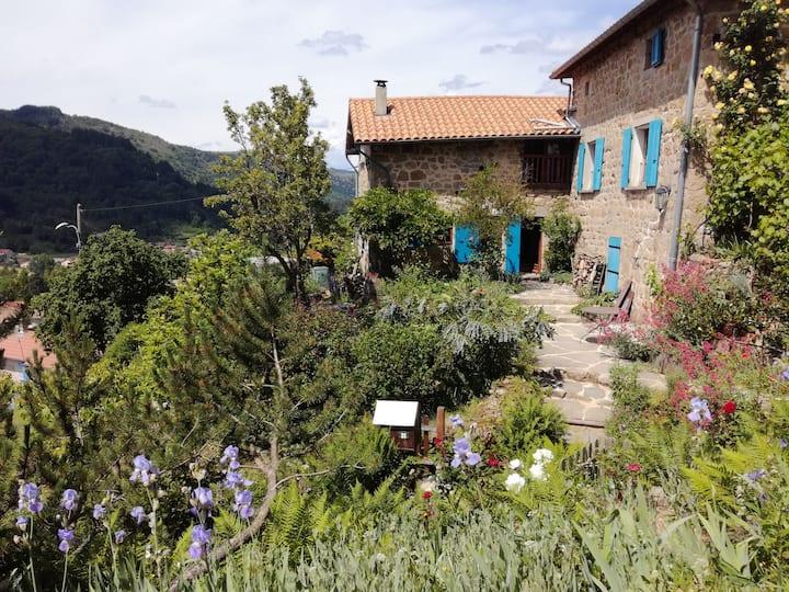 Maison indépendante au cœur des monts d'Ardèche