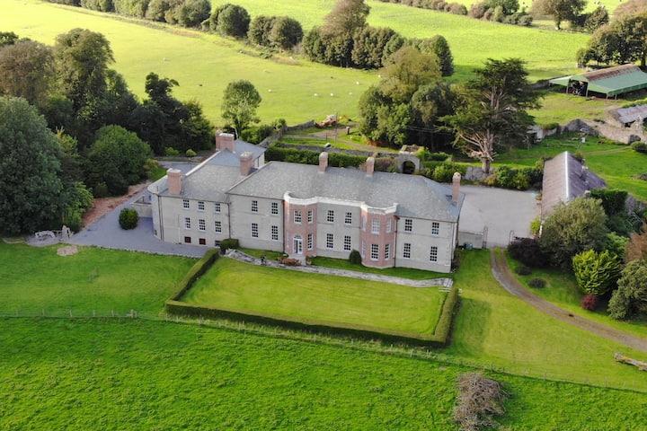 Galway's CastleHacket Kirwan Room
