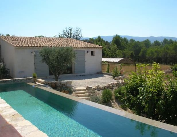 gite with a/c and pool in  Provence