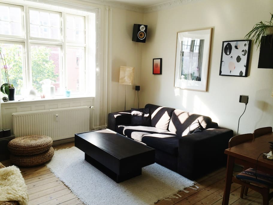 Living room with TV and dining table