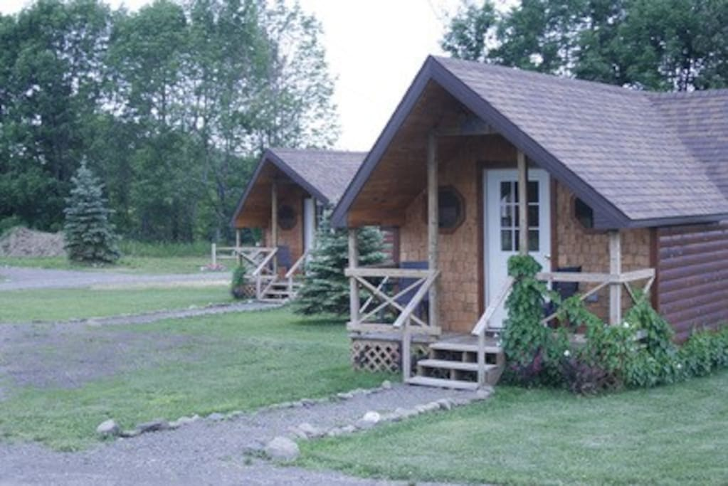 Hand Hewn Cedar Log Cabin Cabins For Rent In Edmeston