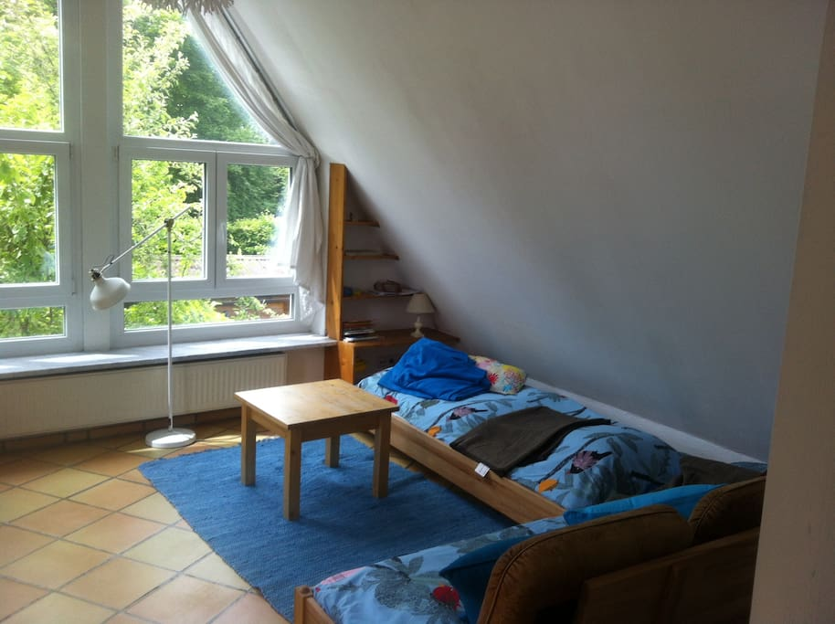 Die zwei einzelnen Betten