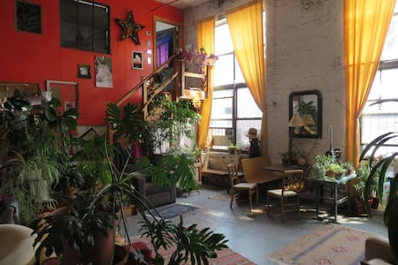 Stay in our wonderful loft! - Brooklyn - Loft