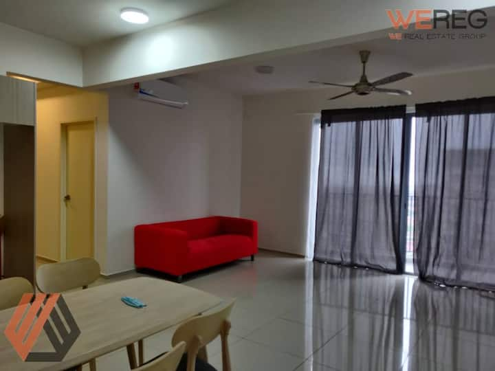 Gravit 8 Apartment Unit For Long Term Rent