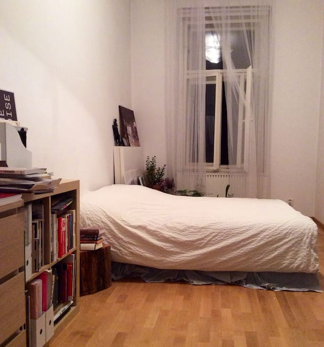 Arty cosy designer apartment apartments for rent in for Designer apartment prague