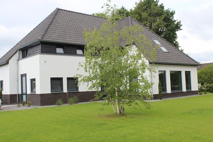 P Ruim appartement max 2 pers  landelijke omgeving