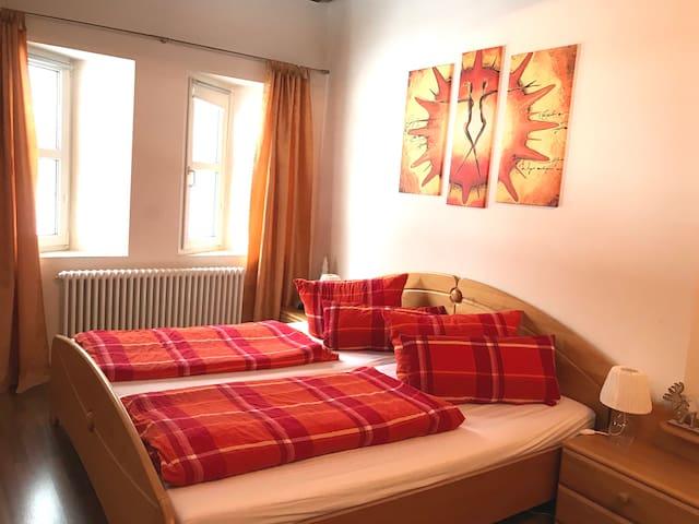 3 Zi-Wohnung mit separatem Eingang